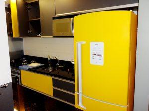 geladeiraamarelaadesivo-geladeirasenvelopamento